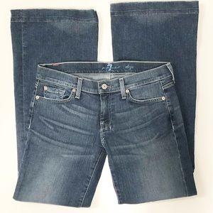 7 for all mankind DOJO mid-rise blue jeans size 29